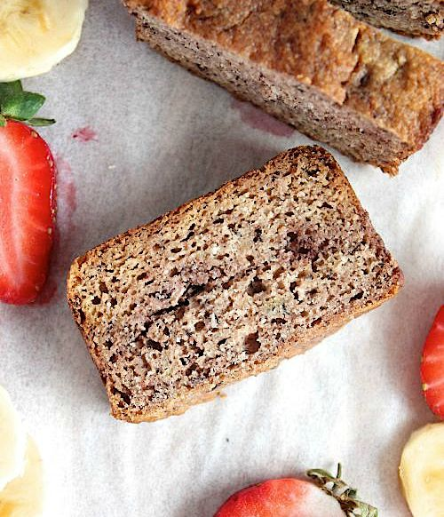 Seriously Moorish Strawberry Marbled Banana Bread {Low Carb, Grain Free & Paleo Friendly} - www.betterwithcake.com