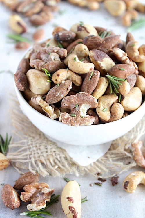 Sweet and Spicy Savory Mixed Nuts {Vegan, Gluten Free & Paleo Friendly} - www.betterwithcake.com