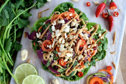 Raw Rainbow Spicy Peanut Lettuce Wraps - {Vegan, Dairy Free, Gluten Free & Paleo Friendly} - www.betterwithcake.com