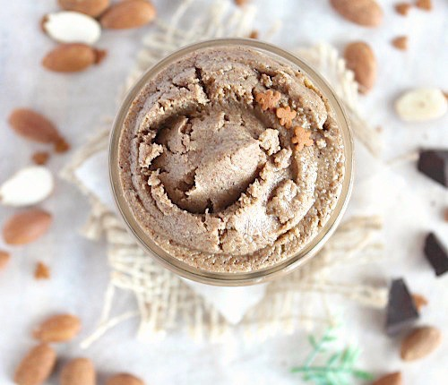Healthy, Homemade Gingerbread Almond Butter {Vegan, Gluten Free & Paleo Friendly} - www.betterwithcake.com