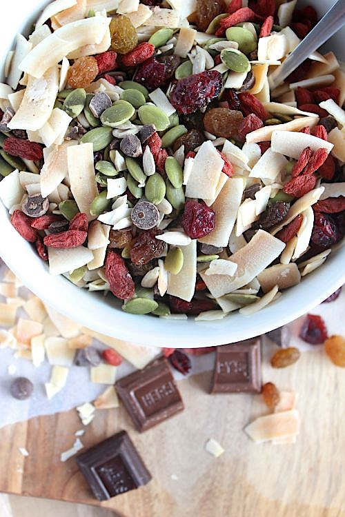 Healthy, Homemade {Nut Free} Trail Mix - www.betterwithcake.com