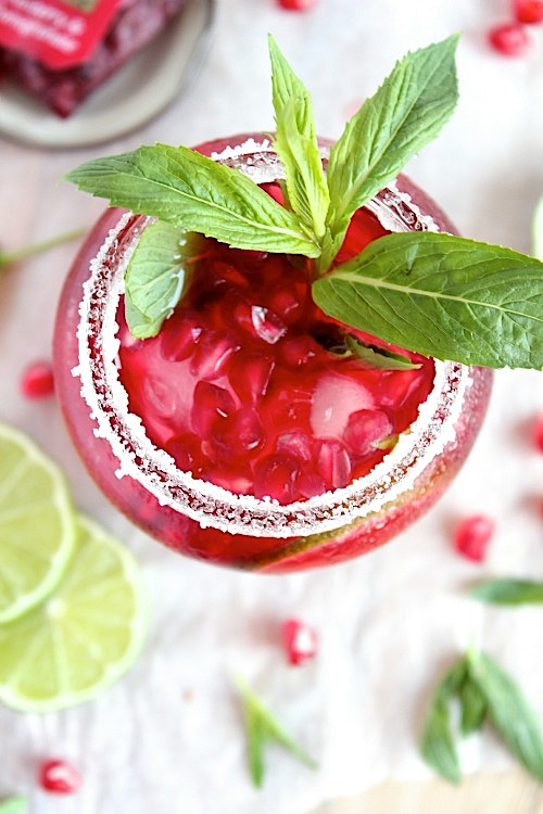 All Natural Cranberry Pomegranate Mint & Lime Iced Tea - www.betterwithcake.com
