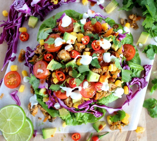 Healthy, Homemade Taco Salad Lettuce Wraps {Low Carb, Grain Free & Paleo Friendly} - www.betterwithcake.com